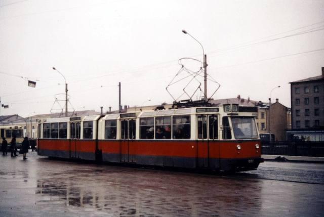 http://images.vfl.ru/ii/1557861435/93046b72/26535784_m.jpg