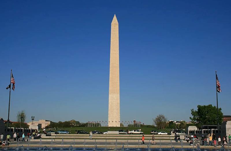 VМонумент Вашингтону