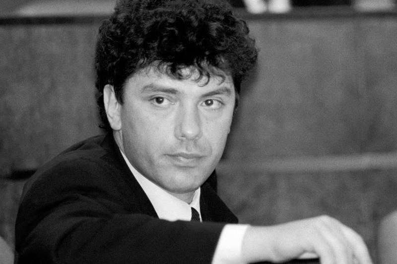 1997-nemtsov-zal-zasedanii
