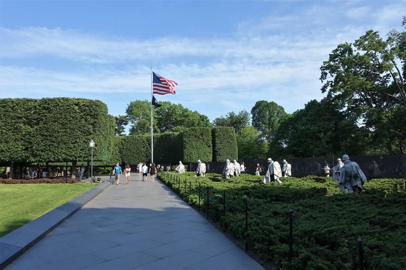 Мемориал погибшим в Корейскую войну