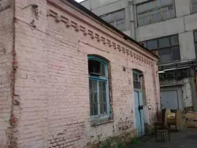 http://images.vfl.ru/ii/1559559633/c9eef743/26756803_m.jpg