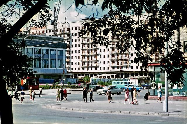 http://images.vfl.ru/ii/1562771511/e5e44600/27165617_m.jpg