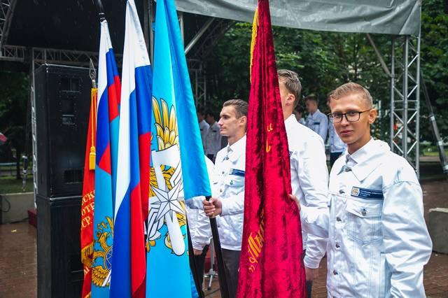 http://images.vfl.ru/ii/1563107396/6395e3b2/27201699_m.jpg