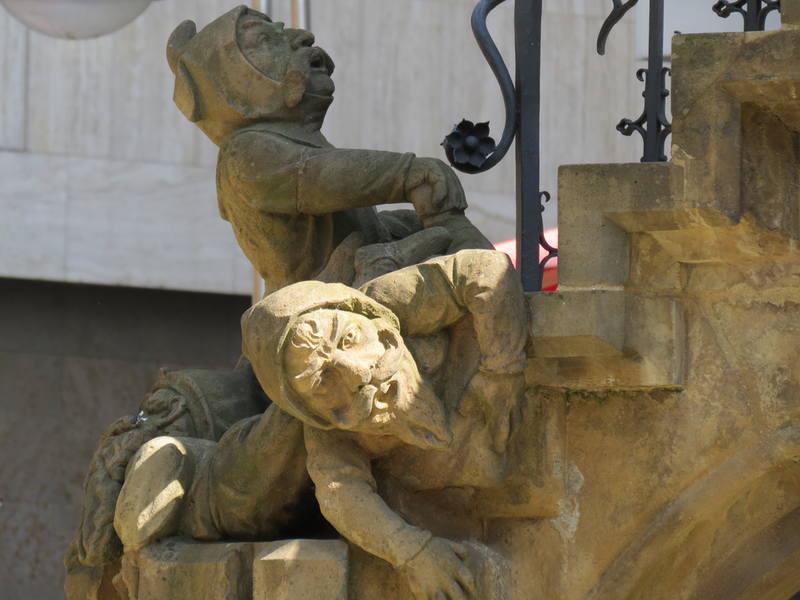 Фонтан гномов в Кёльне