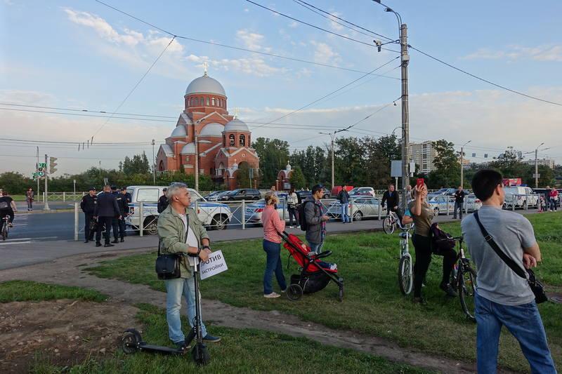 Митинг за остановку строительства в муринском парке