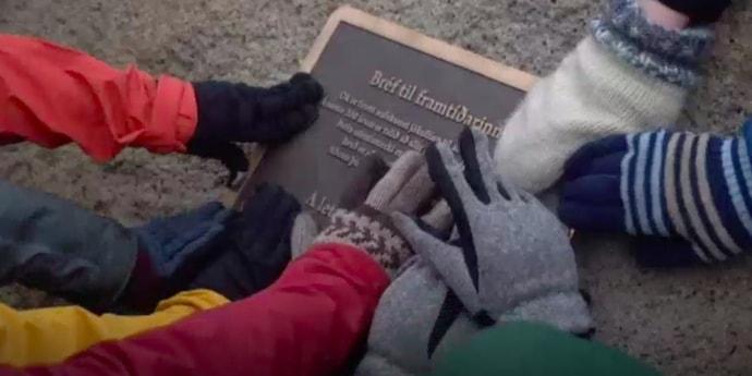 В Исландии официально похоронили ледник