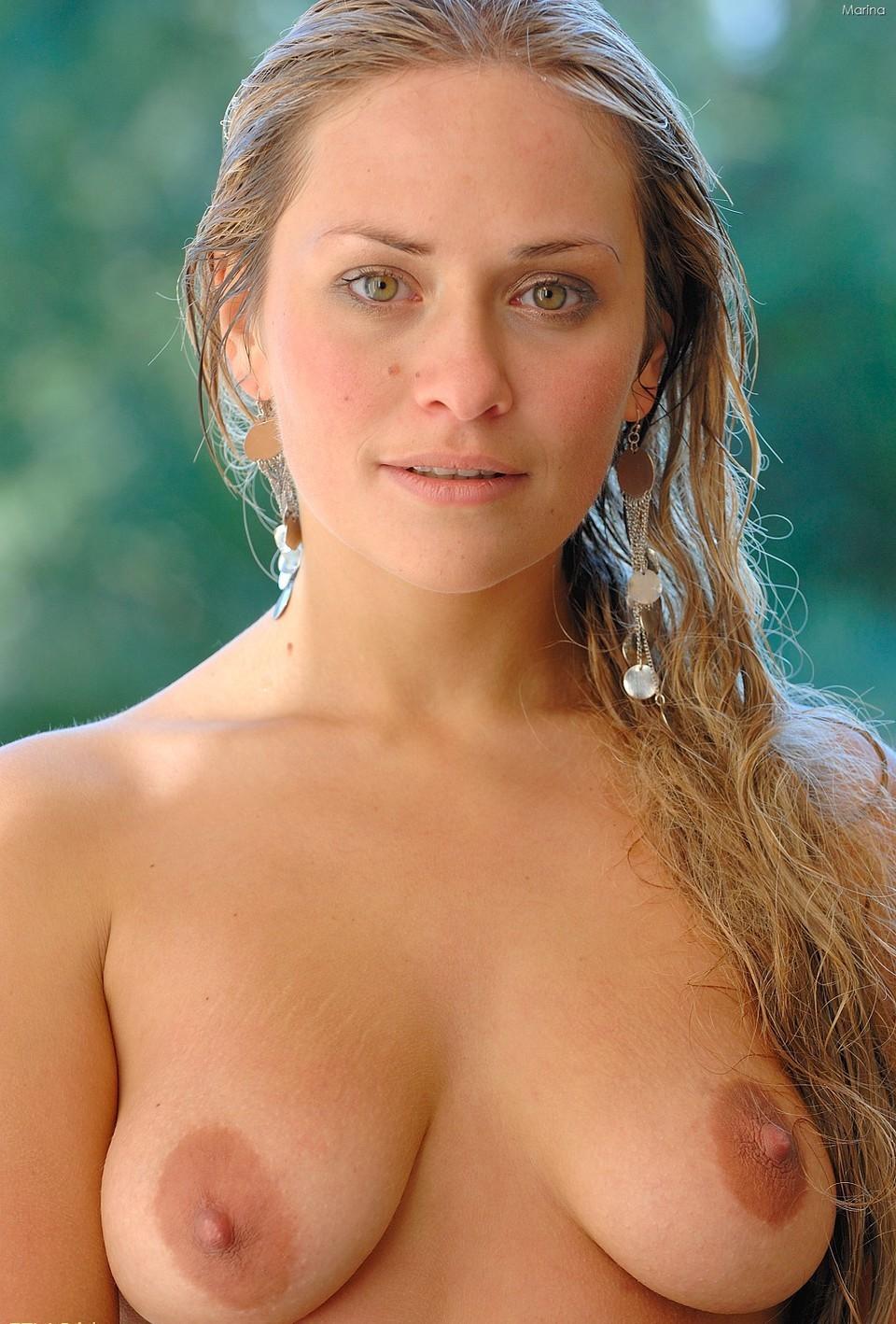 women-all-natural-big-tit-milf