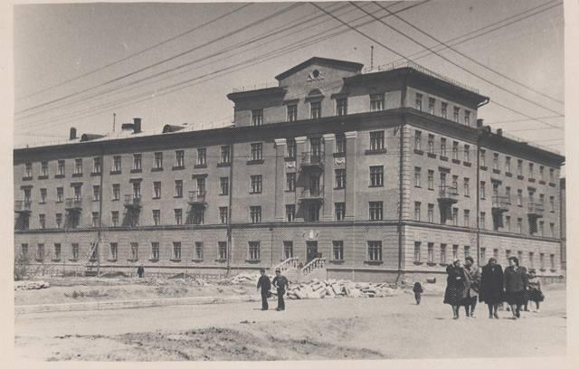 http://images.vfl.ru/ii/1570619904/1da0d2a8/28129051_m.jpg