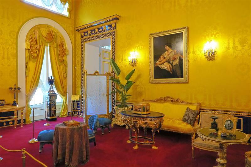 Лионский  зал Екатерининского дворца