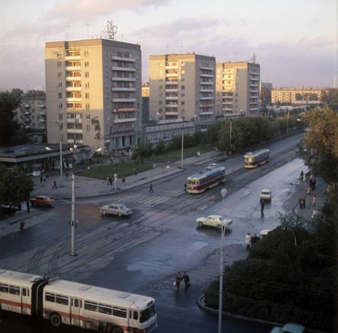http://images.vfl.ru/ii/1573153178/5d6a0a6a/28481810_m.jpg