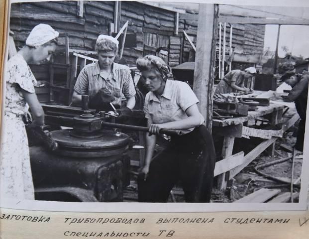 http://images.vfl.ru/ii/1573459814/4bf12da8/28520142_m.jpg