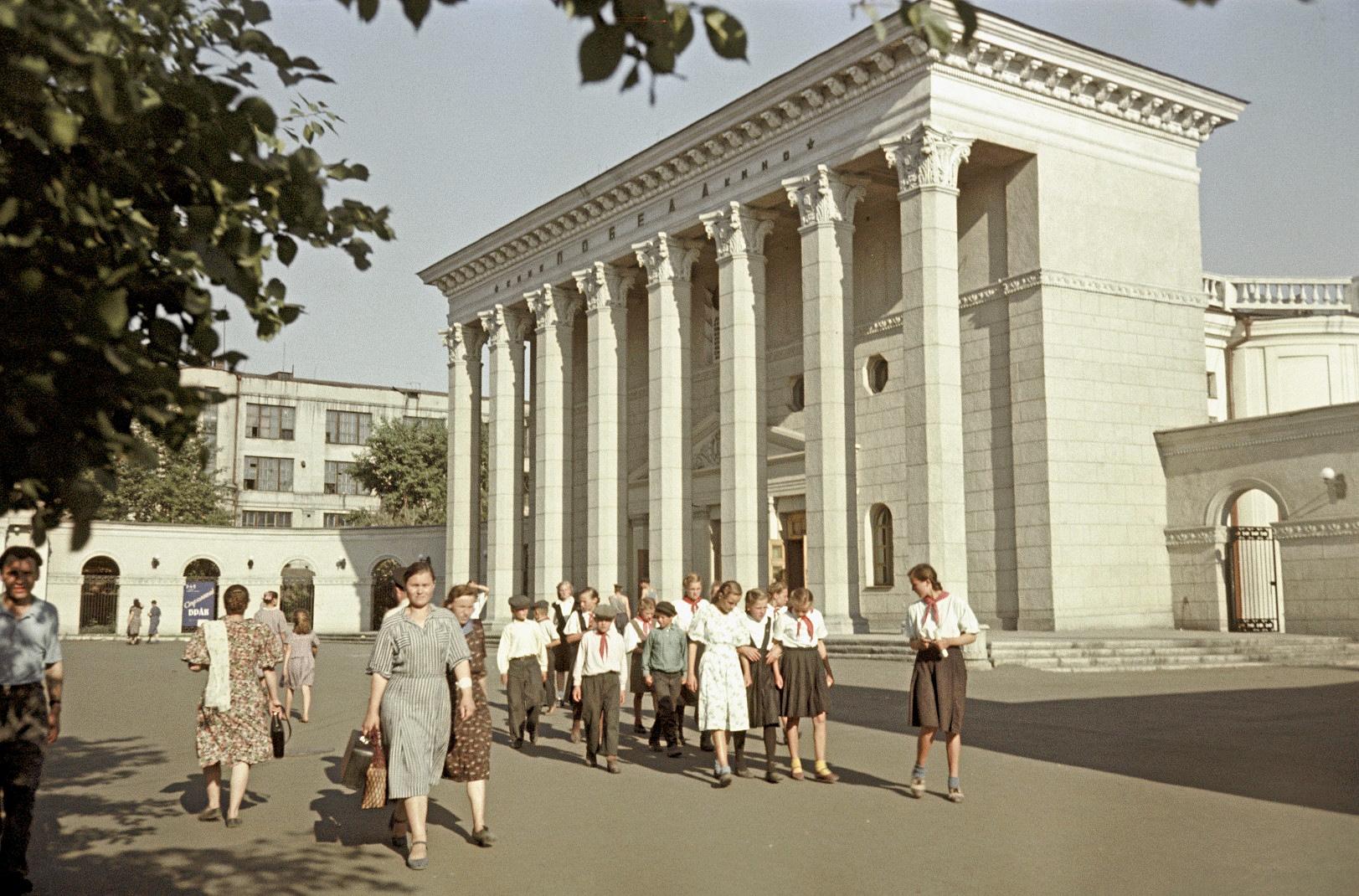 http://images.vfl.ru/ii/1576415124/9d956c20/28916707.jpg