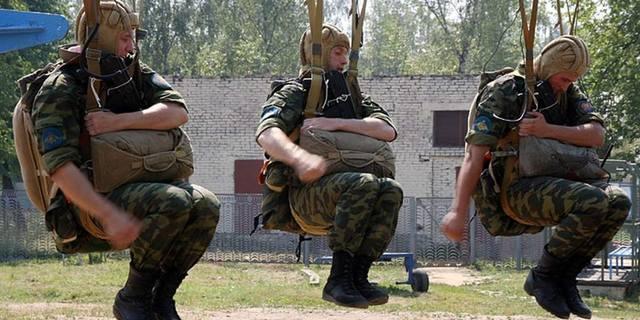 http://images.vfl.ru/ii/1581698426/84e16af2/29576654_m.jpg
