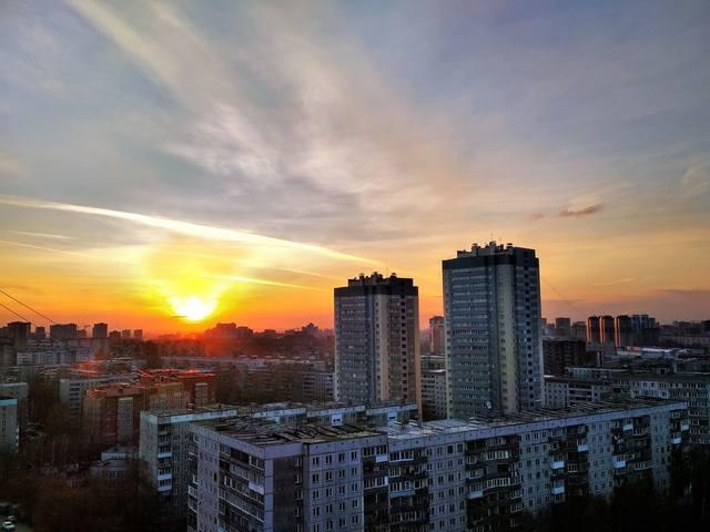 http://images.vfl.ru/ii/1581700416/89cc5212/29576912_m.jpg