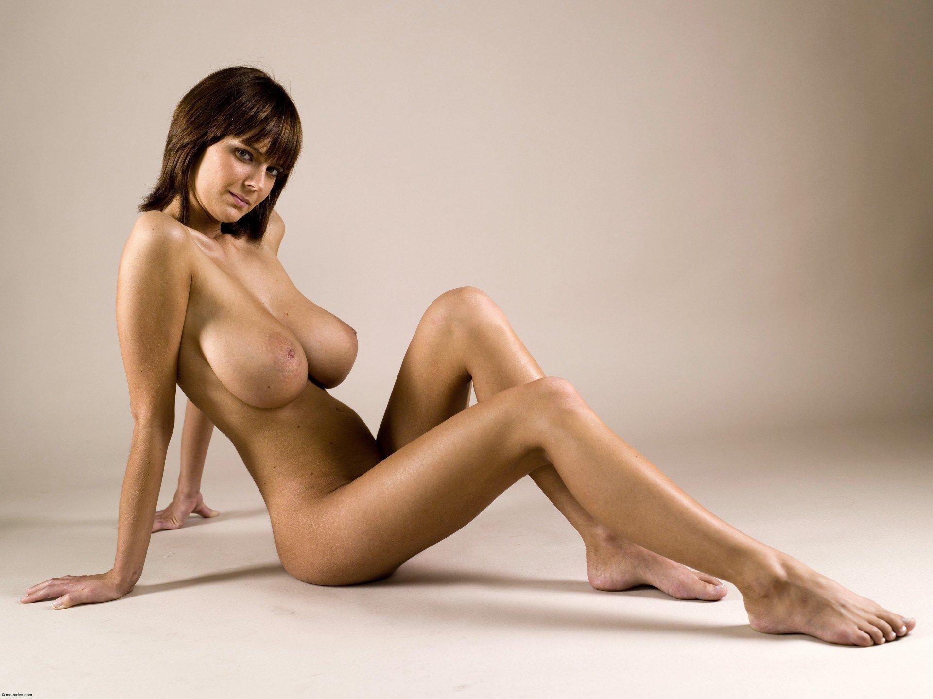 gabrielle-breasts-tits-nipples-breast-big-tits-nude-sexy-hot-women