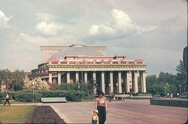http://images.vfl.ru/ii/1585148846/e18c38be/30000688_m.jpg