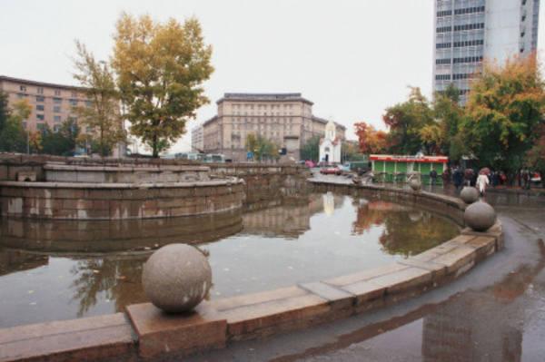 http://images.vfl.ru/ii/1585461532/058e03b0/30035731_m.jpg