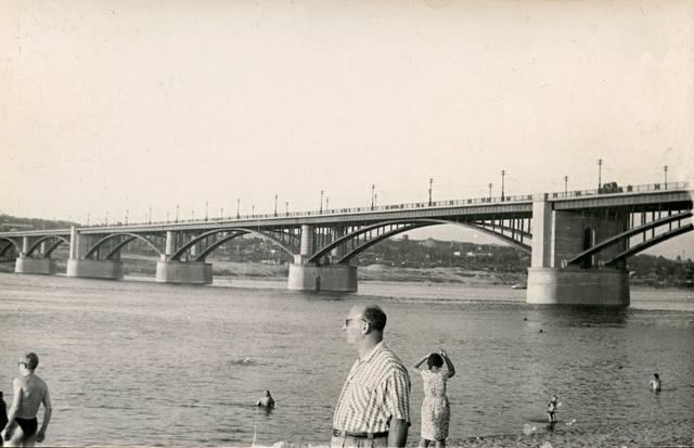 http://images.vfl.ru/ii/1585889961/396b7487/30087040_m.jpg