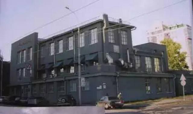 http://images.vfl.ru/ii/1587230221/7e03f783/30259412_m.jpg