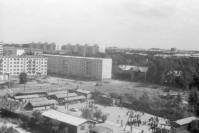http://images.vfl.ru/ii/1587737501/835405c3/30318105_m.jpg