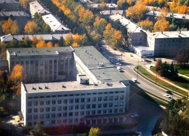 http://images.vfl.ru/ii/1588910739/8fc7b497/30448611_m.jpg