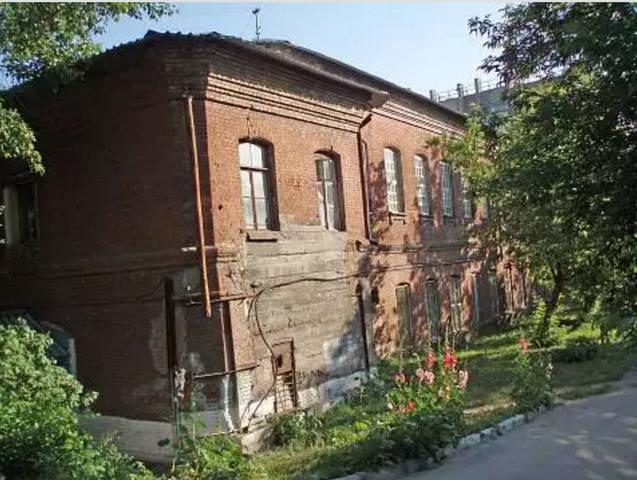 http://images.vfl.ru/ii/1588962677/05f45c12/30457433_m.jpg