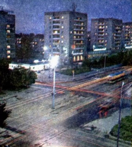 http://images.vfl.ru/ii/1590691483/83f5a054/30652519_m.jpg