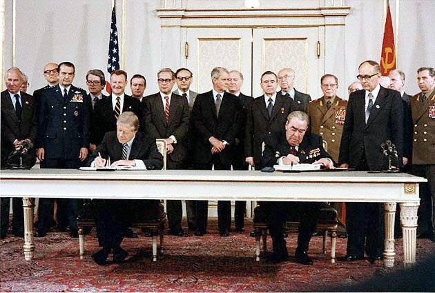 Carter Brezhnev sign SALT II