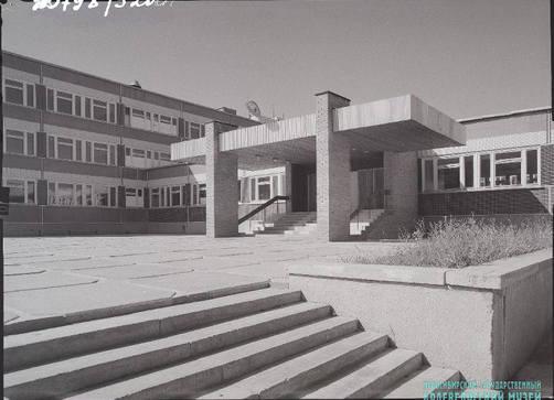 http://images.vfl.ru/ii/1592980306/bb309125/30891939_m.jpg