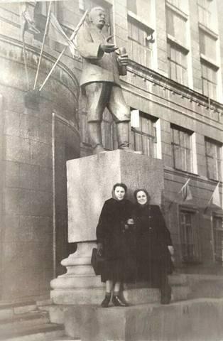 http://images.vfl.ru/ii/1594004232/b1dcc35d/30996751_m.jpg