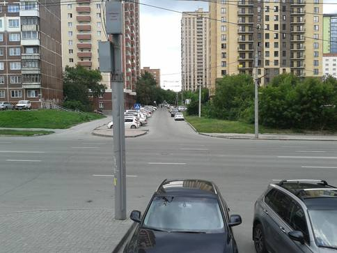 http://images.vfl.ru/ii/1594643549/266271ca/31064358_m.jpg
