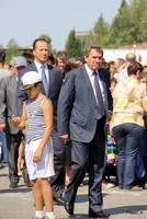 http://images.vfl.ru/ii/1595095192/7ac2e673/31108845_s.jpg