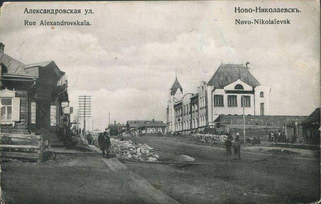 http://images.vfl.ru/ii/1597338336/f33cb8e0/31334862_m.jpg