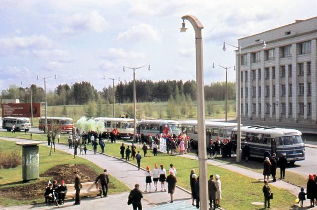 http://images.vfl.ru/ii/1599670828/8ec27a7d/31587935_m.jpg