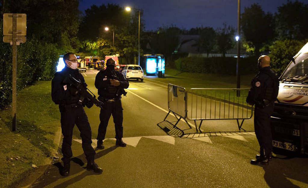 Бывший москвич отрубил голову французскому учителю
