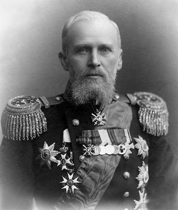 Admiral Eberhardt 1912 photo by Mazur