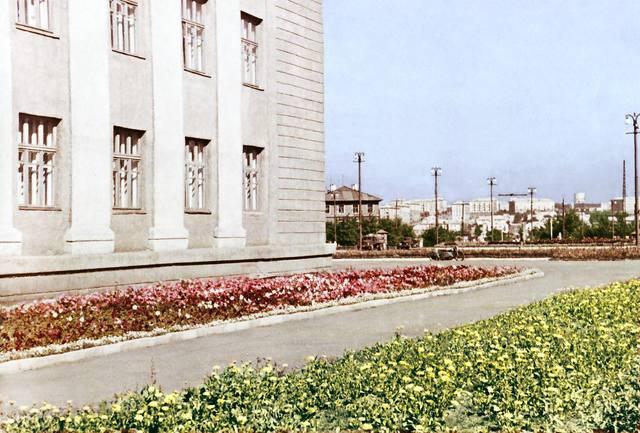 http://images.vfl.ru/ii/1606035325/b40cc606/32394728_m.jpg