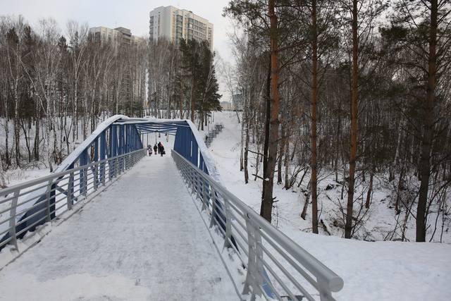 http://images.vfl.ru/ii/1606475974/b2607698/32459561_m.jpg