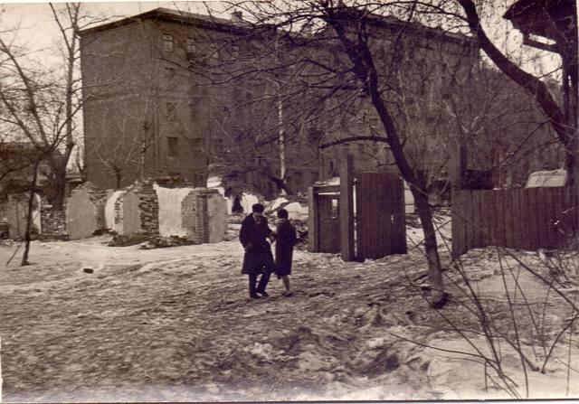 http://images.vfl.ru/ii/1608359972/745a8d1b/32707217_m.jpg