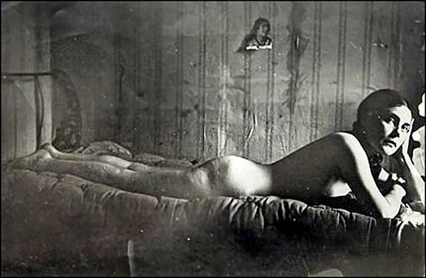 голая Лиля Брик
