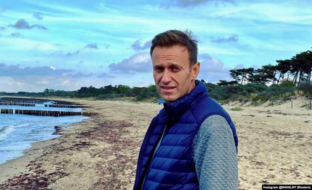 ФСИН требует от Навального явиться завтра утром для регистрации. Иначе тюрьма