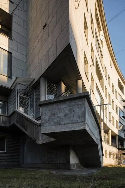 Первый жилой дом Ленсовета