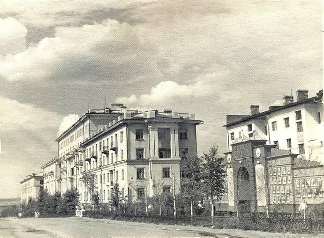 http://images.vfl.ru/ii/1610003967/9a9fbf59/32874471_m.jpg
