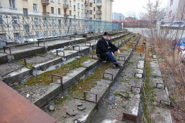 http://images.vfl.ru/ii/1610208754/231582e5/32900116_m.jpg