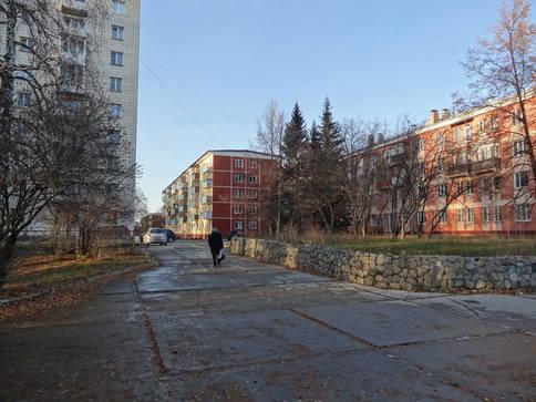 http://images.vfl.ru/ii/1610351149/fc3ef7b9/32913941_m.jpg