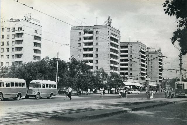 http://images.vfl.ru/ii/1612066372/8d4b57dc/33161457_m.jpg