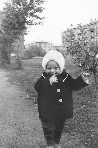 http://images.vfl.ru/ii/1612071995/45972b76/33161653_m.jpg