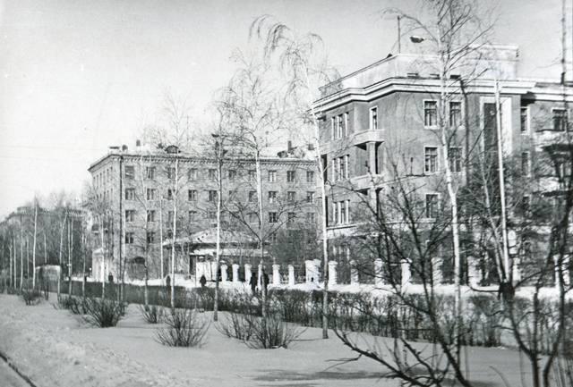 http://images.vfl.ru/ii/1612422492/bc70ace1/33210942_m.jpg