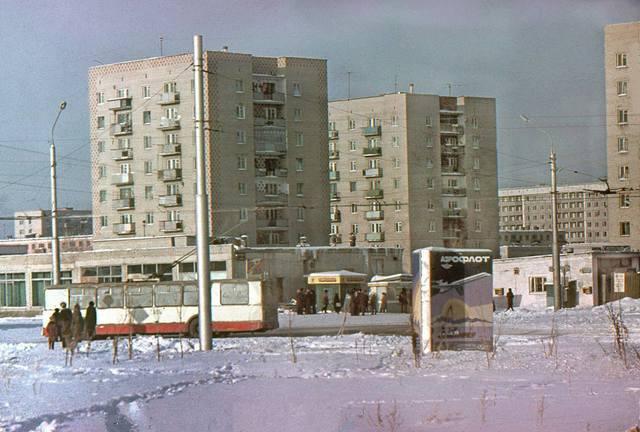 http://images.vfl.ru/ii/1612497240/5a7d161a/33221734_m.jpg