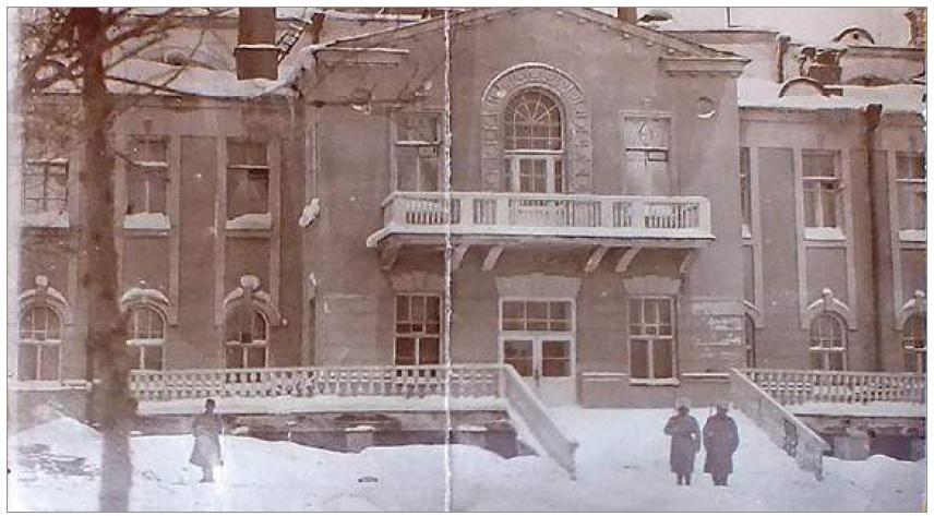 http://images.vfl.ru/ii/1617007117/3cdb38cf/33863365.jpg
